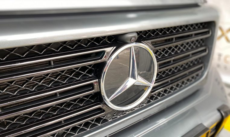 Mercedes Benz G500